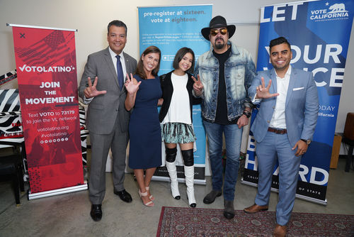 PEPE AGUILAR JOINS WITH VOTO LATINO TO REGISTER FANS AT HIS